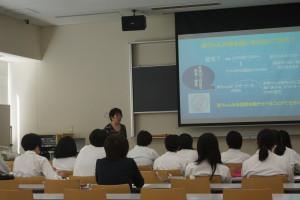 坂梨教授による体験授業